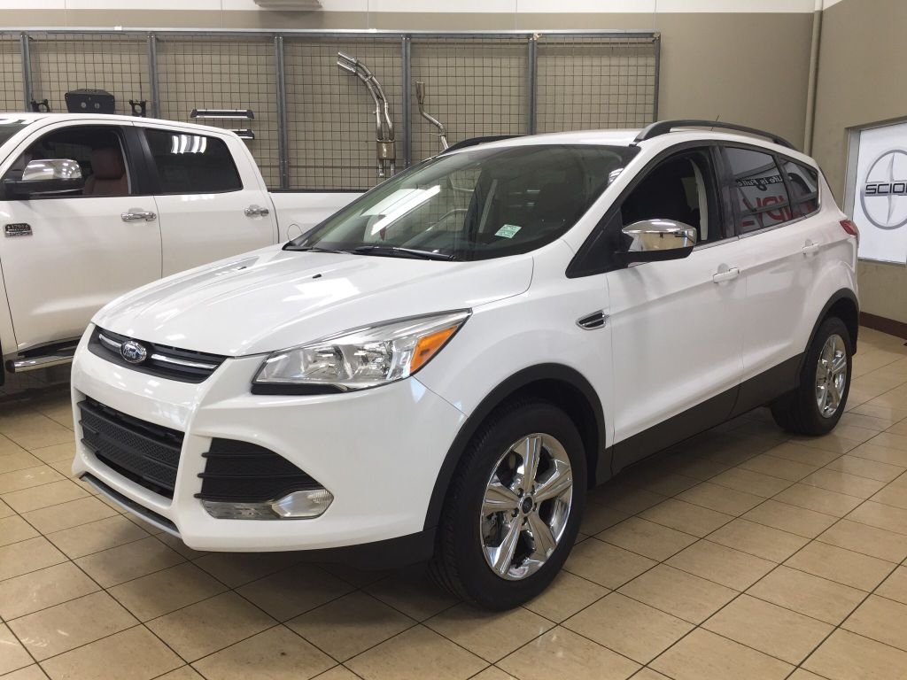 used 2014 ford escape se all wheel drive heated seats 4 door sport utility in sherwood park. Black Bedroom Furniture Sets. Home Design Ideas