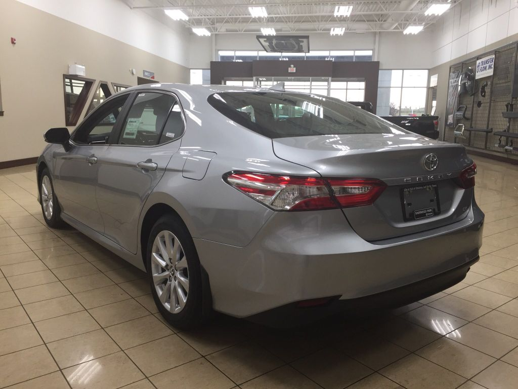new 2018 toyota camry le upgrade 4 door car in sherwood. Black Bedroom Furniture Sets. Home Design Ideas