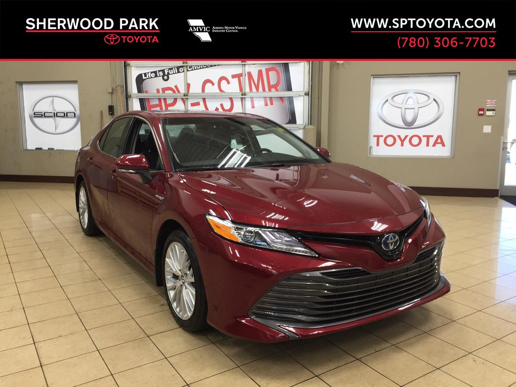 new 2018 toyota camry hybrid xle 4 door car in sherwood park ca81194 sherwood park toyota. Black Bedroom Furniture Sets. Home Design Ideas