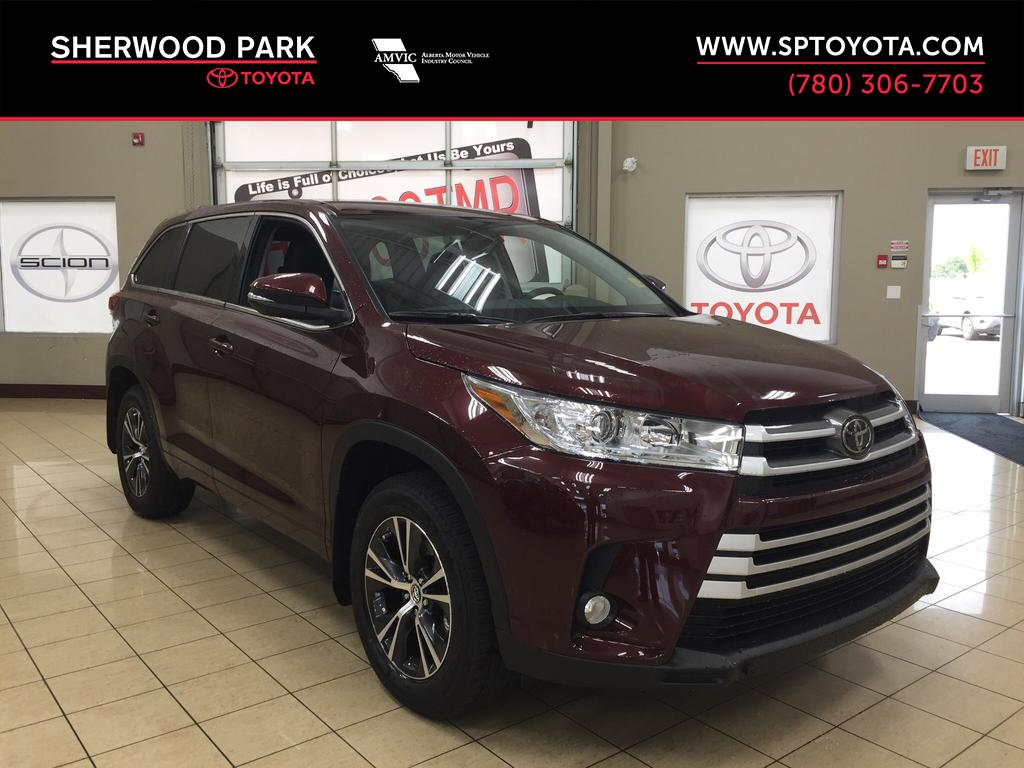 new 2017 toyota highlander le convenience 4 door sport utility in sherwood park hi79406. Black Bedroom Furniture Sets. Home Design Ideas