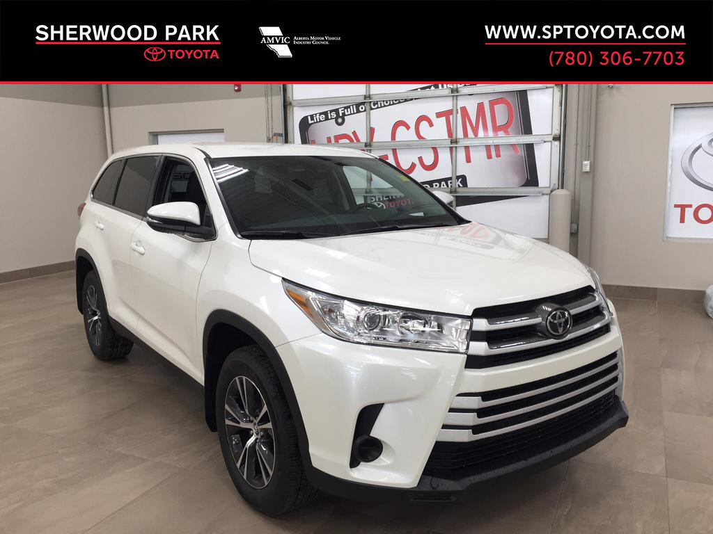 New 2019 Toyota Highlander LE All Wheel Drive 4 Door Sport Utility