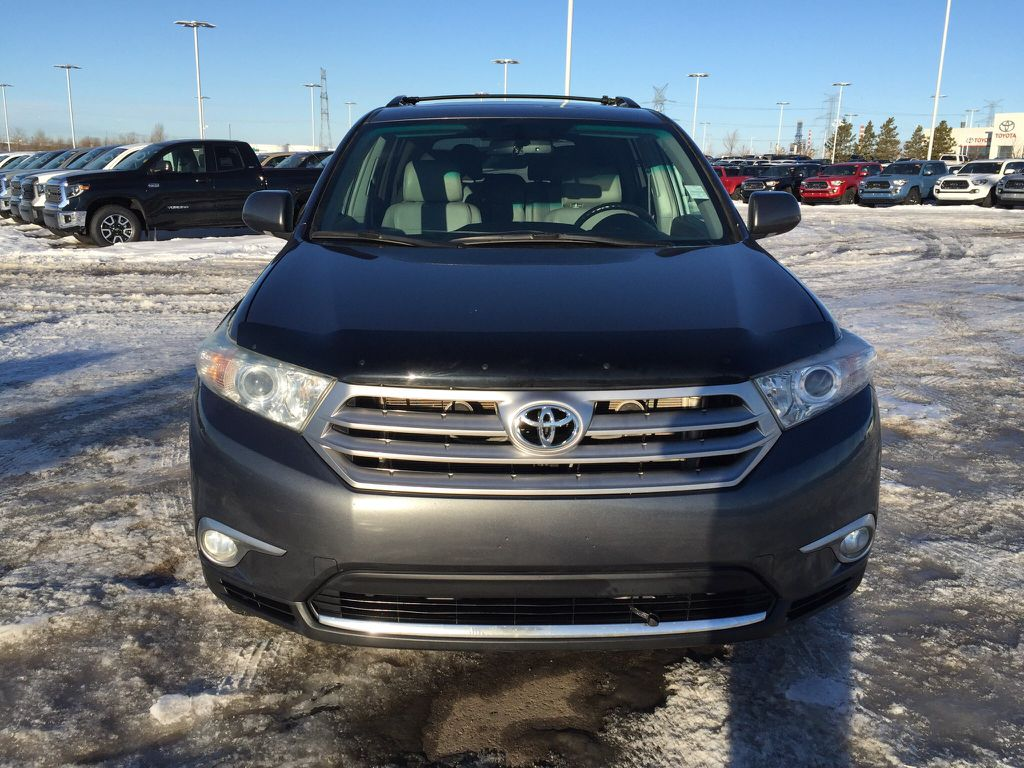 Pre-Owned 2011 Toyota Highlander Limited