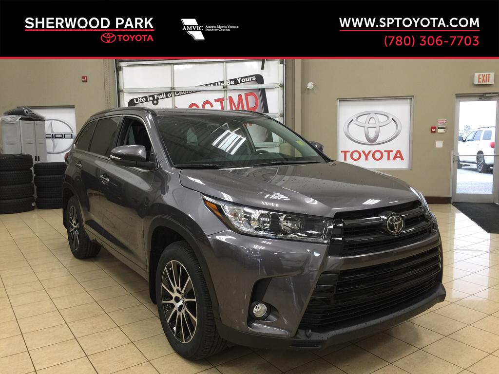 New 2018 Toyota Highlander Se 4 Door Sport Utility In