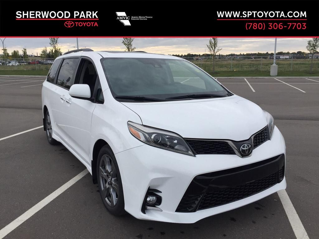 New 2019 Toyota Sienna SE Technology