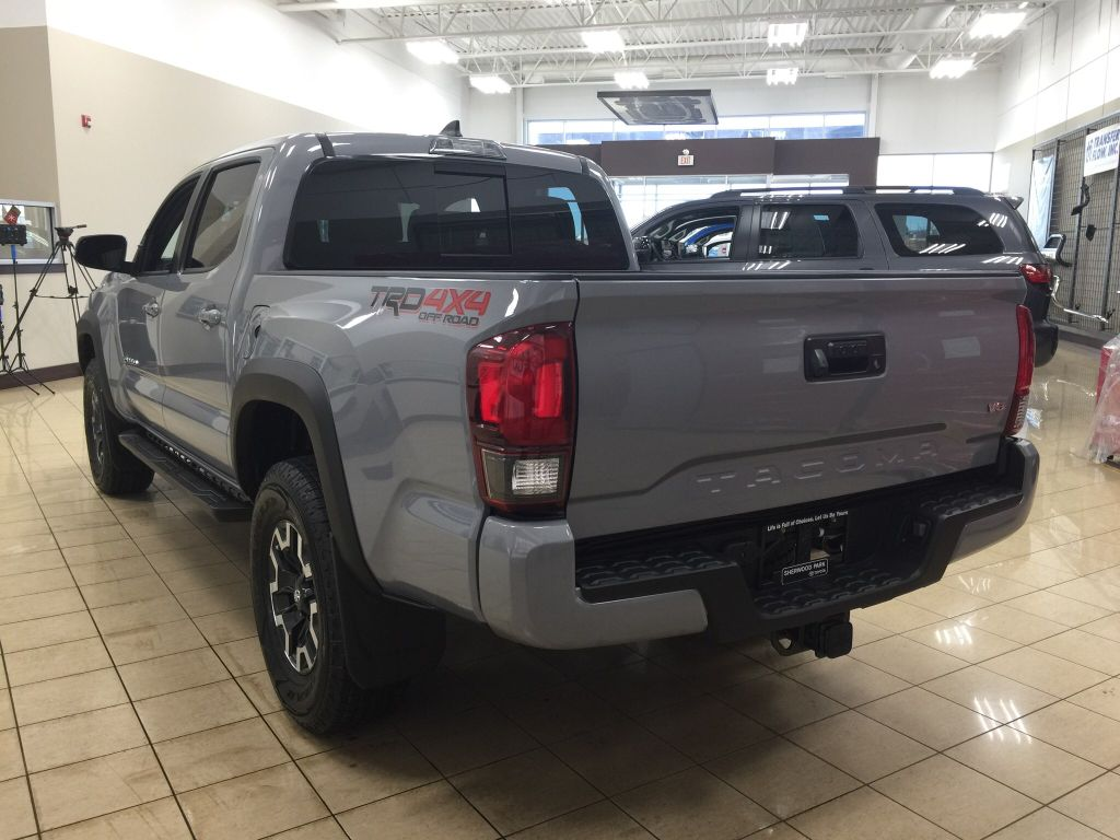New 2018 Toyota Tacoma TRD Off-Road 4 Door Pickup in ...