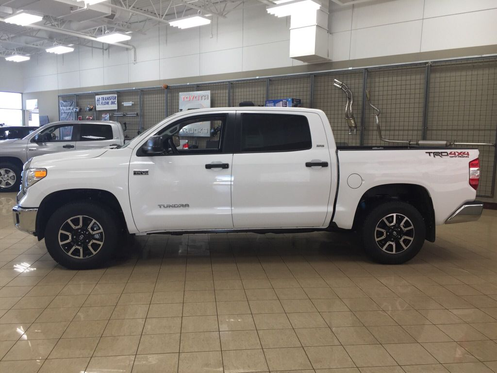 new 2017 toyota tundra trd off road 4 door pickup in sherwood park tu70747 sherwood park toyota. Black Bedroom Furniture Sets. Home Design Ideas