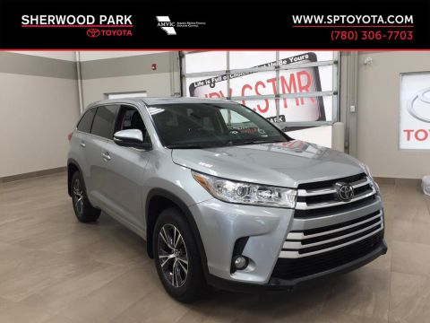 Pre-Owned 2017 Toyota Highlander LE Convenience